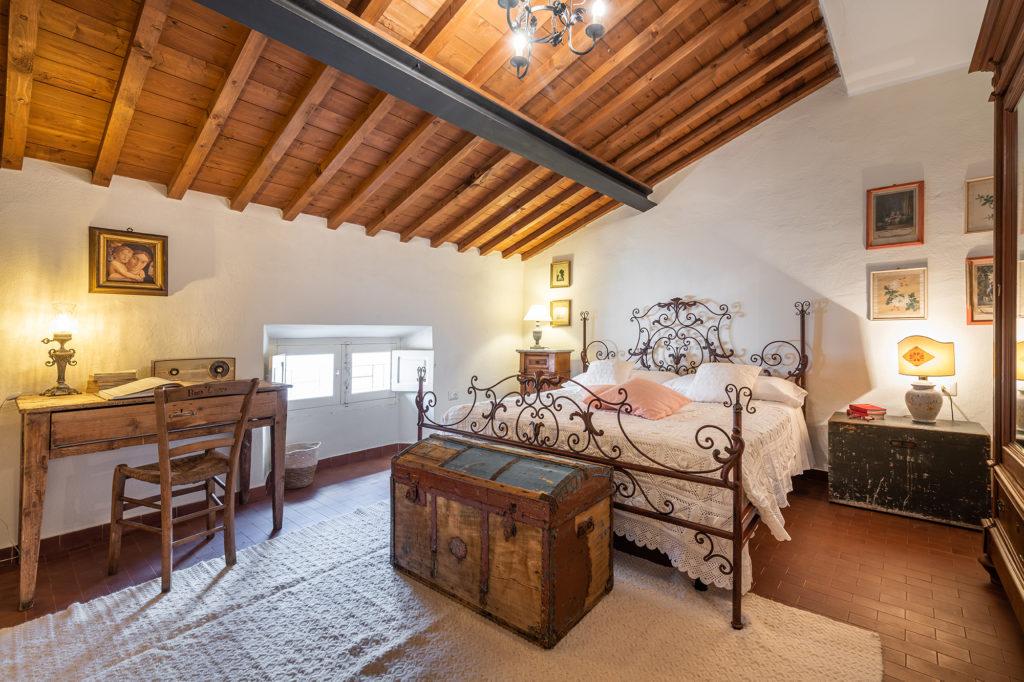 camera mezzanino - palazzo santa caterina dorgali