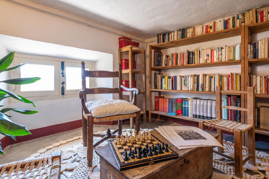 biblioteca - palazzo santa caterina dorgali